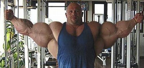 bodybuilder die te veel steroiden heeft genomen